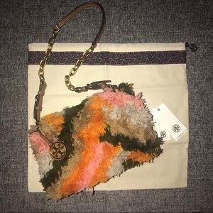 4943887e48a Tory Burch Bags - NWT Tory Burch Sadie Rug Shoulder Bag